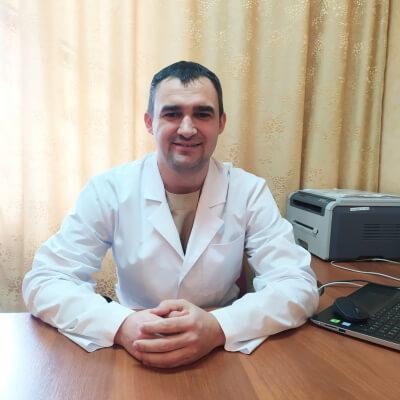 Скрипник Максим МихайловичВиконуючий обов'язки завідуючого відділенням анестезіології та інтенсивної терапії
